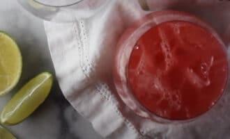 Коктейль из сока с водкой