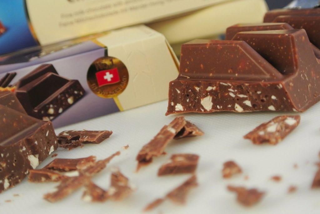 Молочный шоколад из Швейцарии