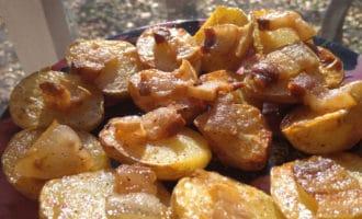 готовая картошка с салом в духовке