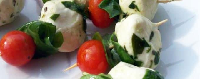 рецепт закуски помидор черри с моцареллой