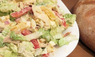 салат из пекинской капусты и курицы