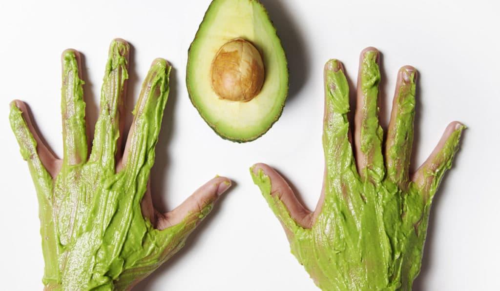 Маска из авокадо для рук