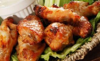 пряные куриные крылышки в духовке