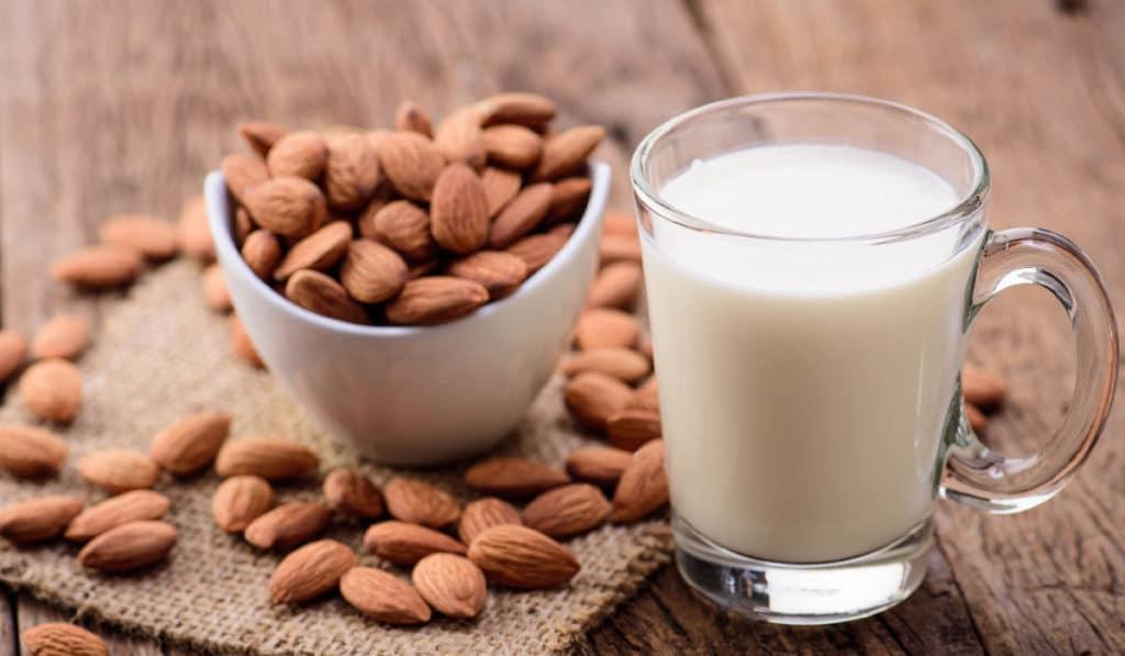 миндальное молоко без лактозы