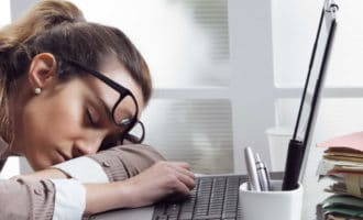 Чувствуете сонливость на работе