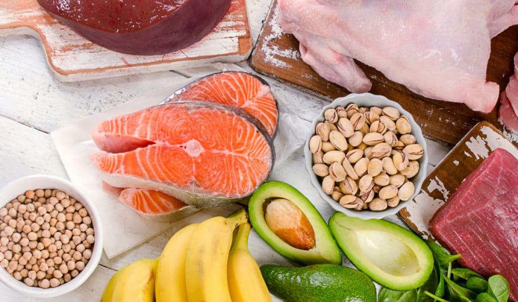Как нехватка витаминов влияет на настроение