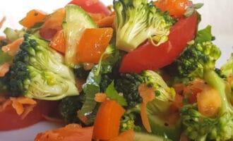 Овощной салат с брокколи рецепт