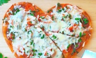 Пицца в форме сердца рецепт