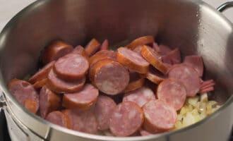 варено-копченое мясо и колбаса для капустницы