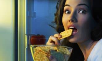 Как перестать есть ночью