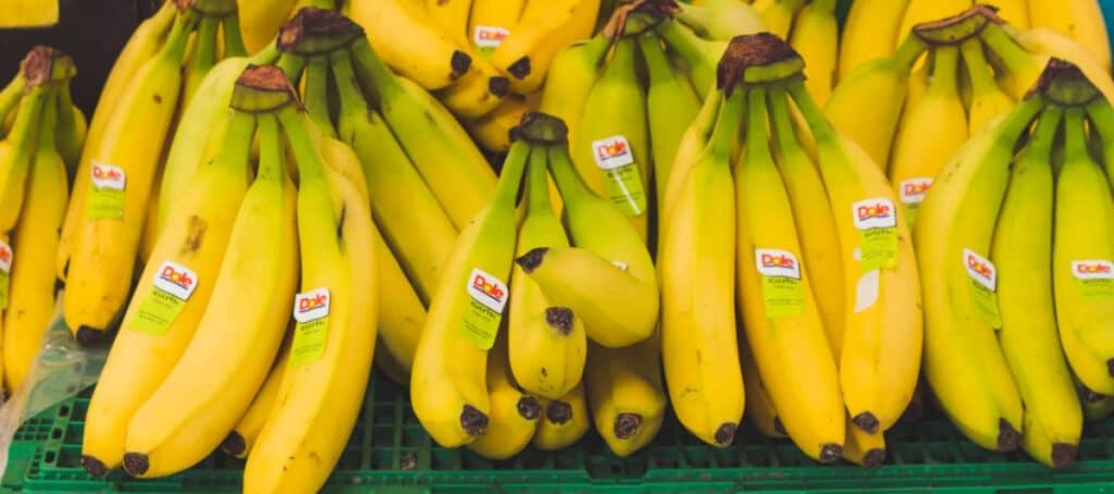 Заражена ли еда, которую поставляют из Китая, Италии или других стран