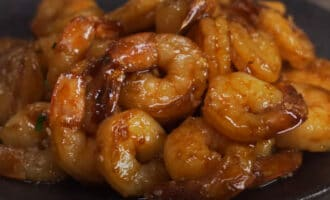 креветки по китайски с кунжутом