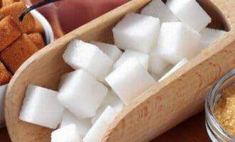 Обычный и добавленный сахар в продуктах