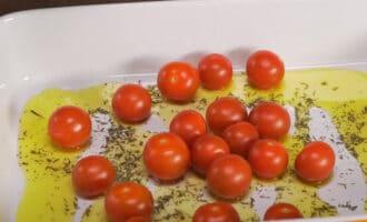 Помидоры со специями и оливковым маслом