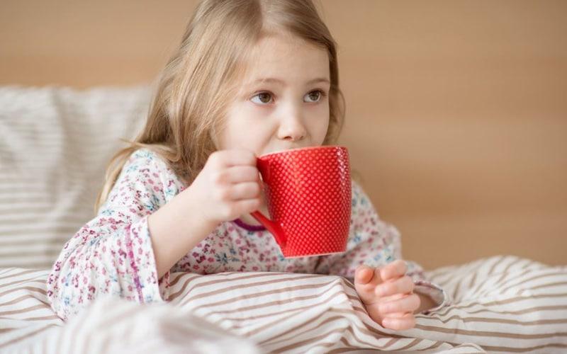 Что пить ребенку при простуде