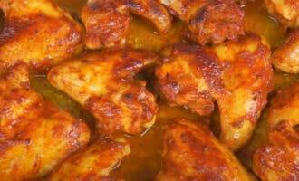 Крылышки в томатном соусе