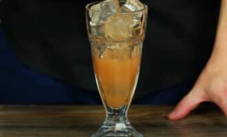 Стакан с грейпфрутовым соком