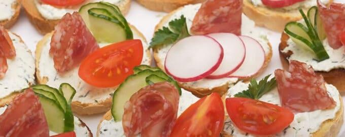 Бутерброды с творожной намазкой
