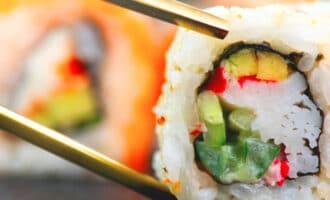 Популярные виды суши