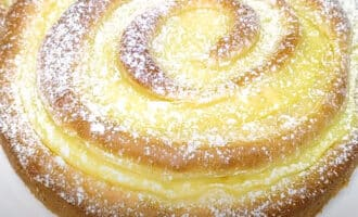 Пирог с заварным кремом