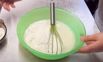 приготовление теста для блинов на молоке